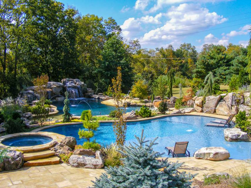 Luxury Patio Furniture for Freeform Pools and Spa in Nashville, Franklin, and Clarksville TN