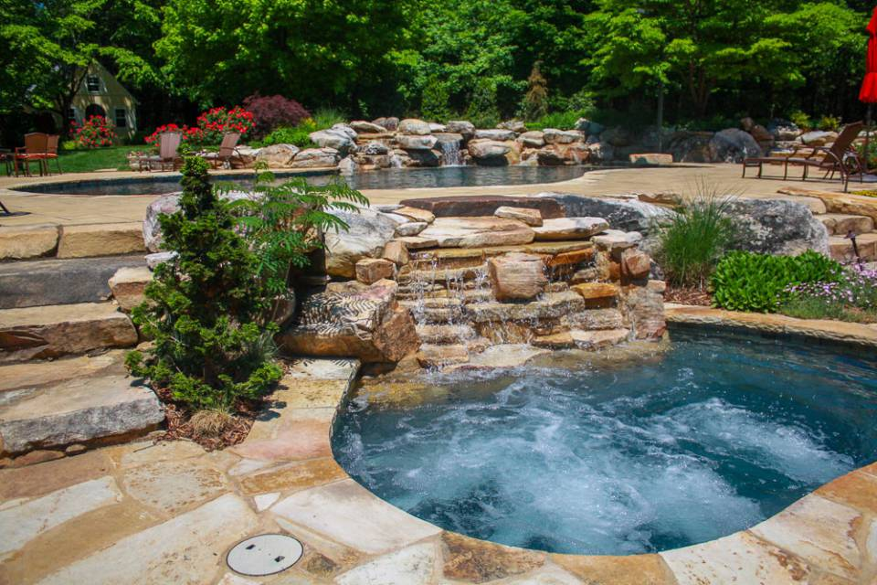 Luxury residential In-ground pools and spas in Nashville, Franklin, Clarksville TN