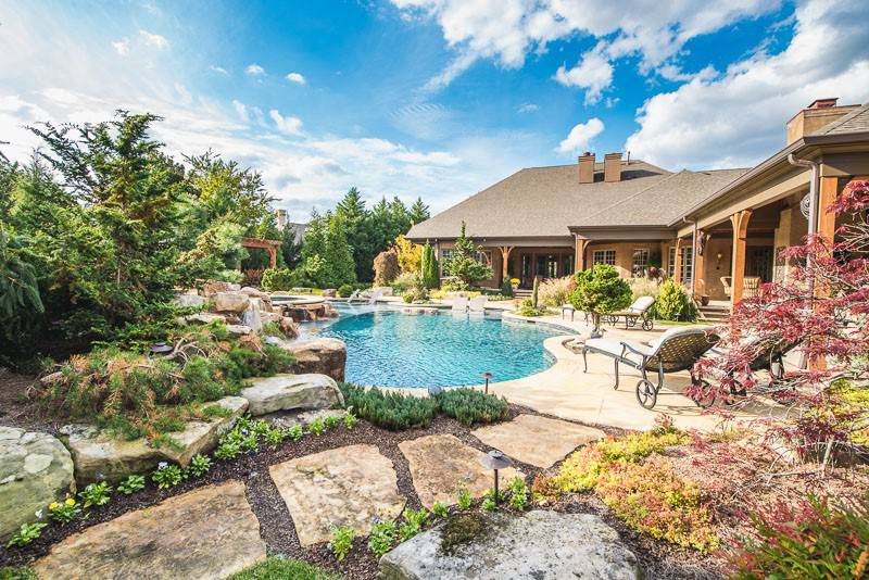 Gunite Pool Installation by Swimming Pool Contractor in Nashville, Franklin, and Clarksville